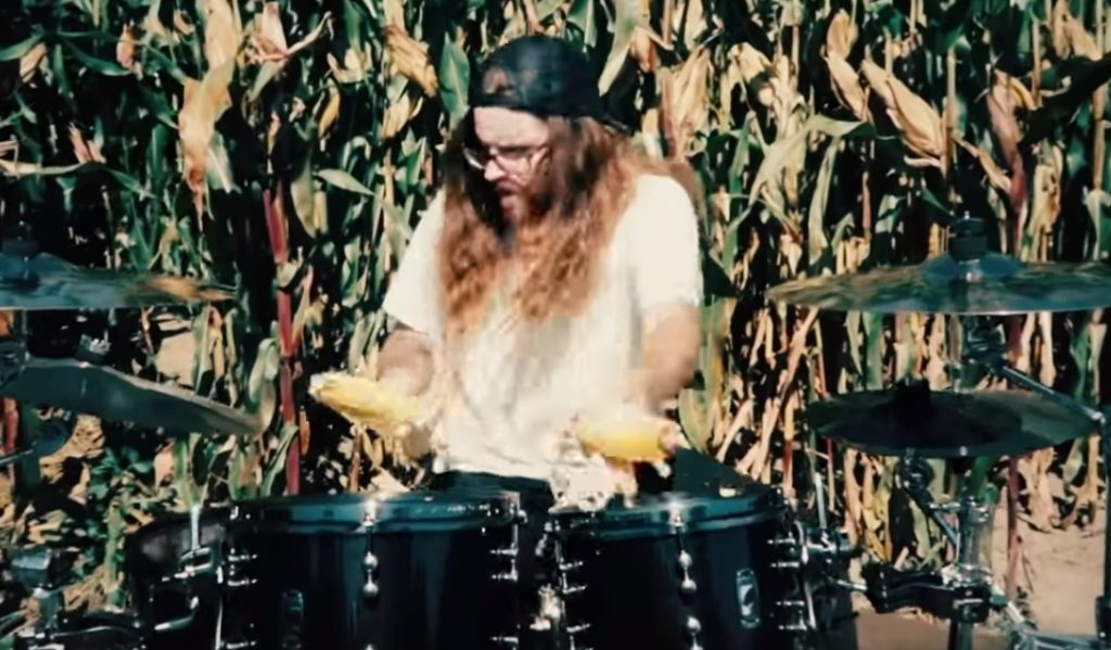 Korn Played With a Corn