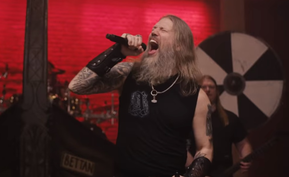 Amon Amarth Raven's Flight