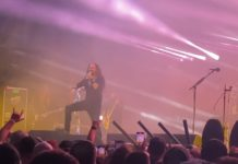 Korn Performs With New Bassist